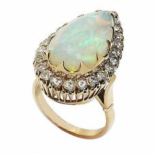 LADIES 18K YELLOW GOLD OPAL AND DIAMOND RING  6.08CTS 7.92GR