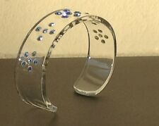 RETRO style CLEAR Lucite Bracelet with flower & star Blue Crystal pattern