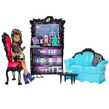 MONSTER HIGH COFFIN BEAN COFFEE HOUSE SET WITH CLAWDEEN WOLF DOLL NIB