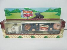 1995 Dunkin Donuts Tractor Trailer Fits 0 & 027 Gauge Train Layouts