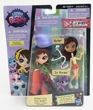 Littlest Pet Shop A8530 Blythe Style 9cm Mini Doll + Pet Casual Pack - Zizi