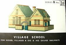 SQ31   SUPERQUICK THE VILLAGE SCHOOL   B31   KIT