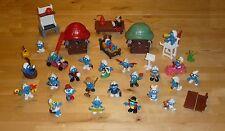 Village des Schtroumpfs =  25 figurines, maison, voitures et accesoires (smurf)