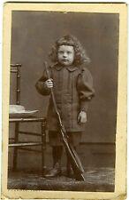 PHOTO CDV Fournel Pierre Bénite un enfant avec jouet pose fusil 1900