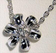 "9CT 9KT WHITE  GOLD  DIAMOND FLOWER PENDANT 18"" 9CT WHITE GOLD CHAIN NECKLACE"