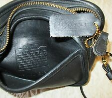 Vintage Coach  CROSS-BODY SHOULDER BAG MADE IN THE USA  leather