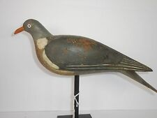 EXCEPTIONAL 1890-1900 ENGLISH PIGEON DECOY RAISED WINGS AND TAIL 100% ORG PAINT
