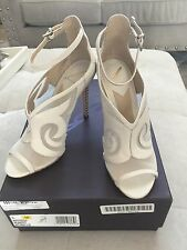 B BRIAN ATWOOD Off White Linscott Bootie Leather Peep Toe Heels Shoes Sz 6