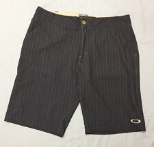 "Oakley Golf Shorts (32W, Navy Blue, Striped, Polyester, 10.5"")"