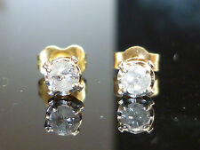 Stunning 0.25ct Solitaire Diamond Earrings 9ct Gold Oct25