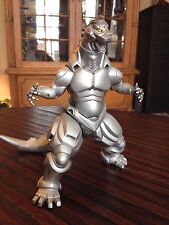 Kaiyodo Mechagodzilla Built Vinyl Model Kit --  Godzilla vs. Mechagodzilla 1993