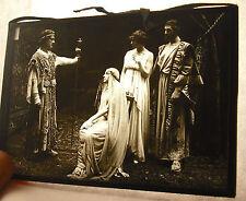 Plaque photo ancienne pièce de théatre et acteurs c 1920 13cm X 9cm photographie