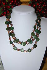 BEAUTIFUL MULTIPLE STRAND NECKLACE OF GREEN STONE DISKS & MOTHER OF PEARL CHUNKS