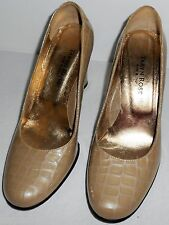 TARYN ROSE Shoes 6.5 Beige Patent Leather Heels HapaChico Haute Vintage Couture