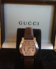 ��FLASH SALE��GUCCI LTD EDITION SS 7600 SERIES MECHANICAL HAND WIND WATCH