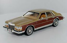wonderful modelcar CADILLAC SEVILLE ELEGANTE 1980 - beigemet./brown  - 1/43