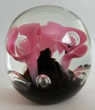 ST CLAIR ART GLASS PAPERWEIGHT - CONTROLLED BUBBLES