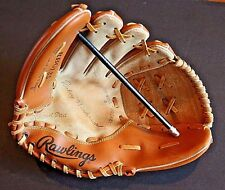 Child's Signature model RICKEY HENDERSON glove Rawlings RGB135