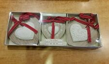 Set Of 3 Hanging White wooden Hearts Shabby Chic red Vintage Bedroom christmas