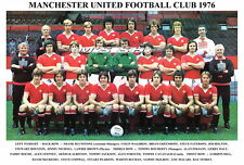 MANCHESTER UNITED F.C.TEAM PRINT 1976 (MACARI / HILL / HOLTON / COPPELL)