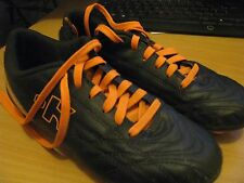 CHAUSSURE DE FOOTBALL TAILLE 36