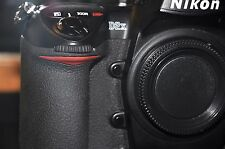 Nikon D2X 12.4 MP Digital SLR Camera w/Nikon MH-21 Charger 30,871 Activations