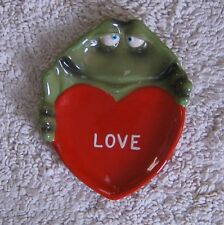 Love Frog Valentine Candy Dish Russ Berrie Ceramic Red Small 6.5 in. x 5.5 in.