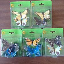 30 BEAUTIFUL BUTTERFLIES FEATHER CLIPS! AIR BRUSHED. 15 SETS OF 2 EACH! HURRY!