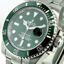 UNWORN ROLEX 116610LV SUBMARINER GREEN DIAL THE HULK GREEN CERAMIC BEZEL