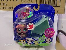 Littlest Pet Shop Special Edition Pet ~ Fuzzy Beaver # 810 New in Box