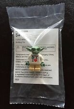 LEGO STAR WARS YODA NYC NEW YORK TOYS R US EXCLUSIVE MINIFIG RARER THAN MR GOLD