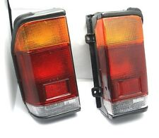 MAZDA BONGO Eagle E2200 Nuovissimo Set di LUCI POSTERIORI TAIL LIGHTS-Pair LH RH +
