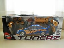 100% HOT WHEELS - TUNERZ - ACURA RSX - 1/18 DIECAST CUSTOMIZING KIT