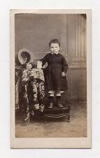 PHOTO CDV Carte de visite Enfant Robe Chapeau Studio Tirage albuminé Vers 1870