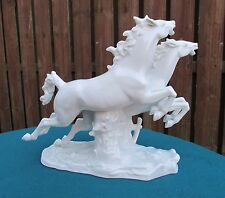 VINTAGE WALLENDORF PORCELAIN FIGURE GROUP, HORSES JUMPING OVER HEDGE