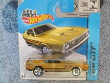 Hot Wheels 2014 #094/250 1971 Ford Mustang Mach 1 Dorado Hw City
