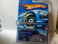 2006 Hot Wheels Mystery Car #219 Blue Dairy Delivery w/Real Riders