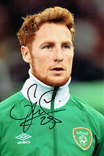 Stephen QUINN Signed Autograph 12x8 Football Ireland Photo AFTAL COA Hull City