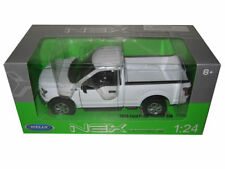 Welly 1/24 Scale 2015 Ford F-150 Pickup Truck White Diecast Car Model 24063