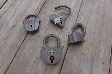 Antique 4 Padlock rust no keys