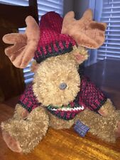 Boyds Bears Stuffed Moose with Christmas Tree Sweater (DC)
