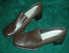 "Women's Madeline Shoes – Fashionable Brown Heels  – 2 ¾""H – 10M"