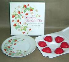 1978 AVON Strawberry Porcelain Plate NEW in box with 6 Scented Soaps FREE SH