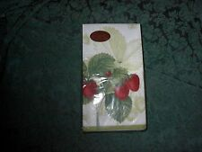 CASPARI LES FRUITS ROUGE GREEN PAPER GUEST NAPKINS-PACKAGE OF 15-NEW