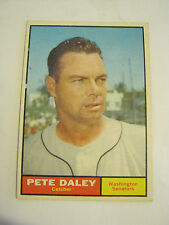 1961 Topps #158 Pete Daley Baseball Card, Good Cond (GS2-b7)