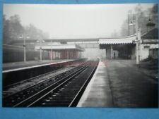PHOTO  SR ELMSTEAD WOODS RAILWAY STATION IN THE 1950'S