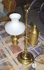 Tischlampe, Studentenlampe weißer Opal Glas Schirm und Messing