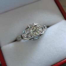 LOVELY VINTAGE 18K WHITE GOLD DIAMOND SOLITAIRE RING W/ SIDE ACCENTS - 2.7 GRAMS