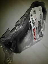 Yamaha trottle grip 1A0-26242-01 new