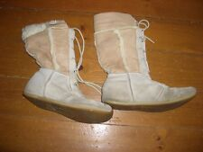 Womans Wrangler Boots Fur Lined Size 3 Beige